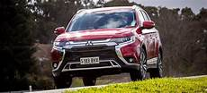 Mitsubishi Outlander 2020 Review by Mitsubishi Outlander 2020 Review Price Features