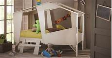 lit cabane lit cabane the children s bed that doubles as a cubby hut