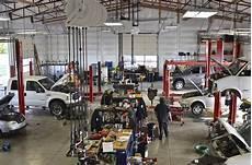 car repair shop garage in 2019 car repair garages garage lift garage makeover