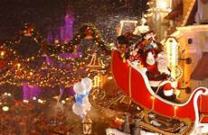 guide to mickey s very merry christmas party 2015