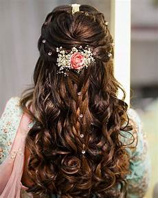 Hairstyles For Medium Hair With Saree