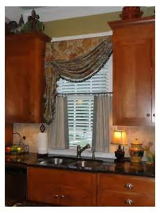 Kitchen Curtains For House by 327 Best Valances Images On Window Coverings