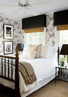 Black And White Small Bedroom Ideas by 25 Simple Farmhouse Bedroom Design Ideas