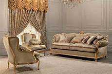 divani classici di lusso divano classico 2 posti finitura foglia oro per salotti