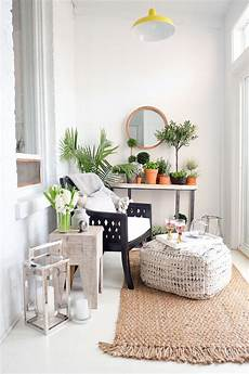 Apartment Sunroom Decorating Ideas by 46 Smart And Creative Small Sunroom D 233 Cor Ideas Digsdigs