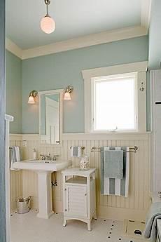 seaside bathroom ideas icy blue again this time in a bathroom in 2019 house bathroom traditional bathroom home
