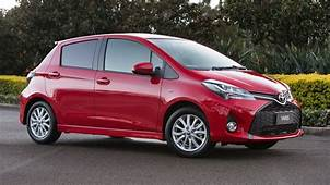 Toyota Yaris Facelift Revealed  Three Door Hatch Dropped