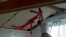 Montage Gipskarton Decke Unter Dachschr 228 Mit