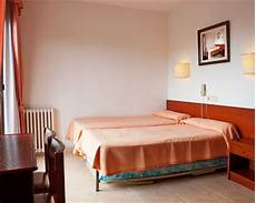 barcelona cheap hotels cheap barcelona accommodation