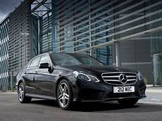 W212 E Class Facelift Gets Reviewed By Carbuyer