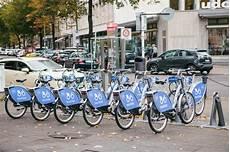 fahrrad leihen berlin berlin october 2 2017 bicycle rent number of bicycles