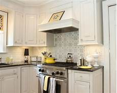 Backsplash Ideas For White Kitchen Cabinets White Kitchen Backsplash Houzz