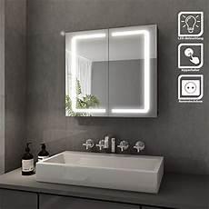 badezimmerle mit steckdose elegant bad spiegelschrank mit beleuchtung led licht