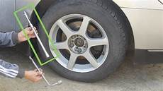 changer roue voiture how to loosen lug nuts 14 steps with pictures wikihow