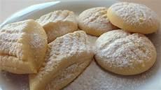 weihnachtsplätzchen rezepte einfach butterpl 228 tzchen rezept mehl pl 228 tzchen rezept