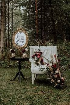Late Fall Tarot Cards And Inspired Wedding Ideas