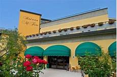 hotel al fiore peschiera garda is locates at the only outlet of lake