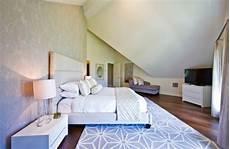 schlafzimmer einrichten mit schräge einrichtungsideen schlafzimmer mit dachschr 228 ge
