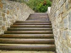 marche en exterieur marche d escalier