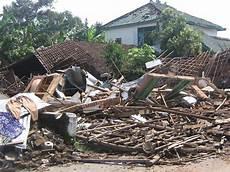 Gempa Bumi Kumpulan Materi