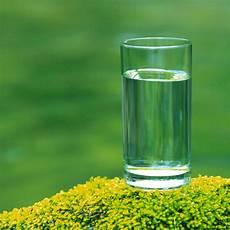 bicchieri d acqua il peso di un bicchiere d acqua