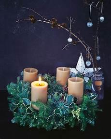 weihnachtsdeko adventskranz basteln leicht gemacht