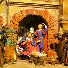 usa santa claus vs nikolaus vor weihnachtliche