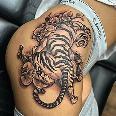 125 Best Thigh Tattoos For Ideas Designs