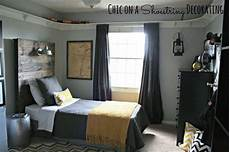 Boys Bedroom Bedroom Ideas For Guys With Small Rooms by Bedroom Boys Sport Theme Bedroom Grey And Yellow Boys