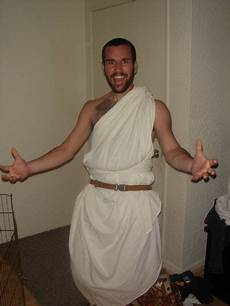 thommy was leaving so we had a toga party josh highland