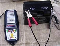 charger efficacement une batterie de moto
