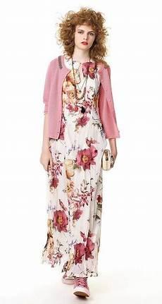 vestito con fiori abiti floreali tendenza primavera estate 2016 vestito