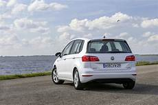 golf sportsvan sitzhöhe volkswagen golf sportsvan gti is a really bad idea autoevolution