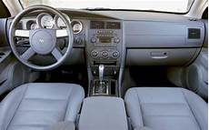 vehicle repair manual 2006 dodge magnum interior lighting family awd wagons 2005 cadillac srx v6 vs 2005 dodge