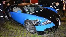 Buggati Veyron Crash by Car Of Bugatti Veyron Road Crash