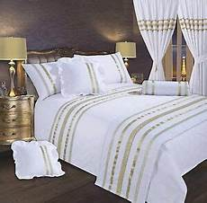White And Gold Duvet Cover by White Gold Stylish Lace Diamante Sequin Duvet Cover