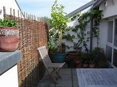 natürlicher sichtschutz balkon balkon sichtschutz 03 den balkon nach innen gestalten es