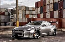One By News Exclusive Motoring Nissan Gt R Black Edition