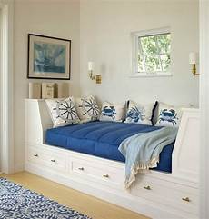 Dreamy Coastal Daybed Ideas Coastal Living Rooms Living