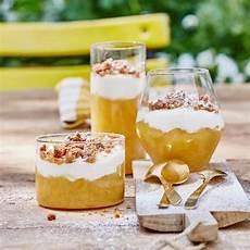 apfel crumble im glas rezept in 2019 bananen pudding