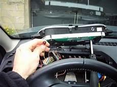 Installer Un Affichage T 234 Te Haute Sur Sa Voiture Autonews