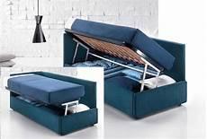 rete e materasso singolo il letto contiene cassetti o contenitore