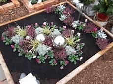 grab bepflanzen ideen bildergebnis f 252 r grabbepflanzung winter grabbepflanzung