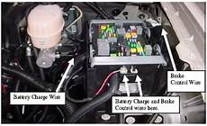 2007 gmc trailer wiring diagram locating the brake and battery charge wires on a 2007 gmc yukon denali etrailer