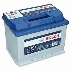 Autobatterie 60 Ah - pkw autobatterie 12 volt 60 ah bosch s4 005