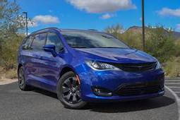 2020 Chrysler Pacifica Hybrid Review Trims Specs And