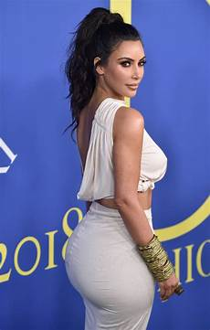 kim kardashian at cfda fashion awards in new york 06 05