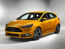 2016 Ford Focus St Price Photos Reviews Features