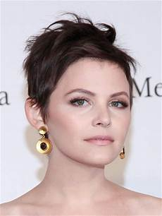 12 leading hairstyles for thin hair to make it thicker hairstyles for