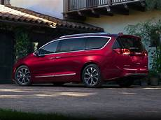2017 Chrysler Pacifica Price Photos Reviews Features